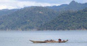 Boat-on-reservoir-of-the-Bakun-dam
